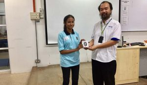 Student Nur Sri Eliana from SMK Convent Pulau Tikus was the lucky draw winner and walked away a Mi-band worth RM 199.