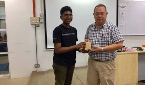 Student Heavendran Thamil Selvan from Penang Free School emerged as the luckiest winner who walked away the grand prize, a camera which worth RM380.