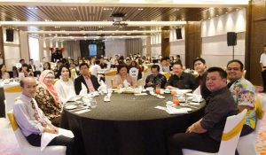 L: Mr Chan Wye, Ms Syarifah, Ms Nadia, Dr Jerry, Ms Susie Khoo, Mr Steven Ang – GM of Northern Region Sentral Hotel, Mt Thomas Ch'ng – Director of HR Hard Rock, Mr Andy, Mr Syafiq and Mr Andrew.