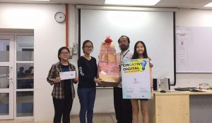 Champion – Uplands International School and PCGHS (Private) walked away a hamper worth RM 120 and 4 pcs of VIP tickets to 3D trick art museum.